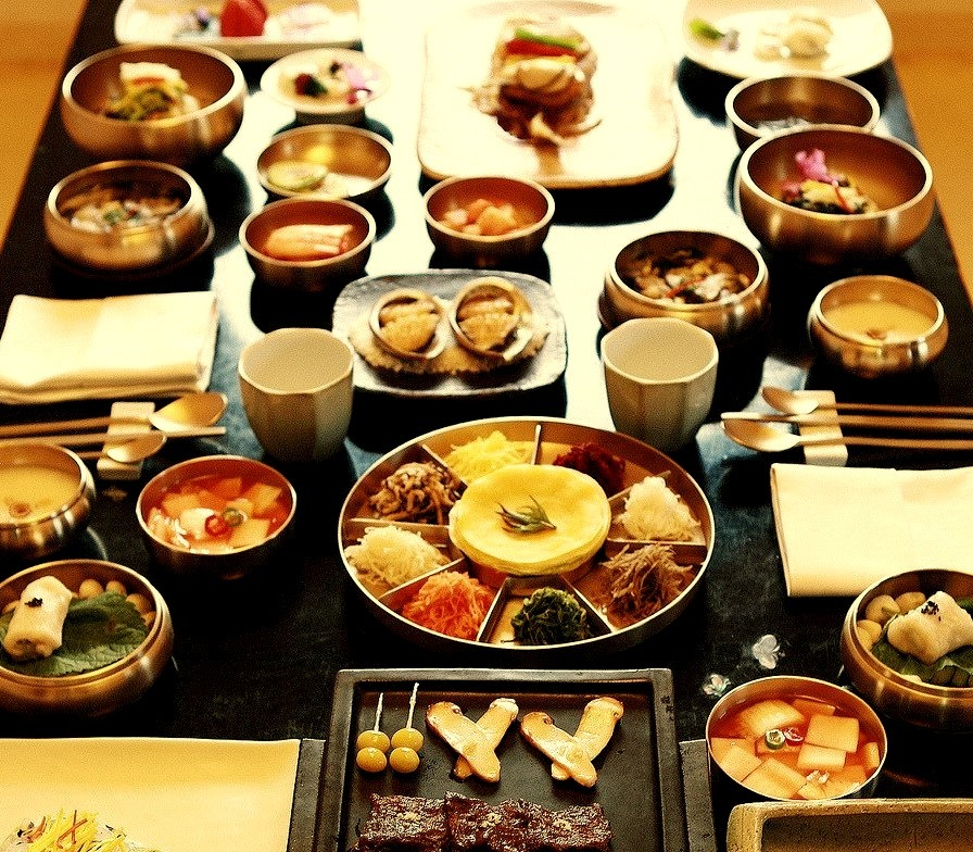 Traditional Korean mealSource