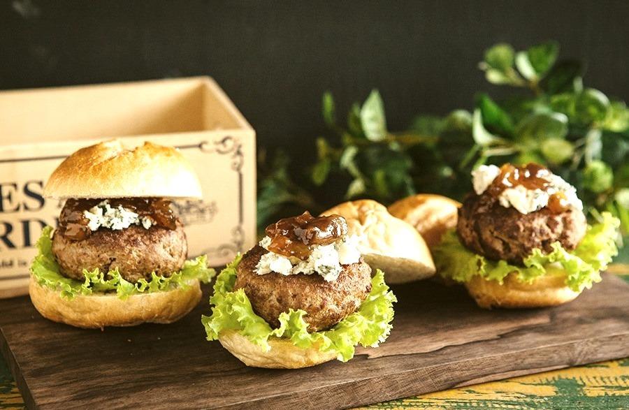 Tangy Gorgonzola Burger